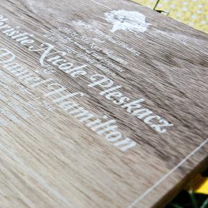 houten menukaart voorbeeld 1